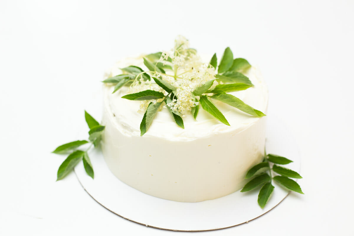 Royal Wedding Cake (lemon elderflower cake) - Minh Cakes Zürich
