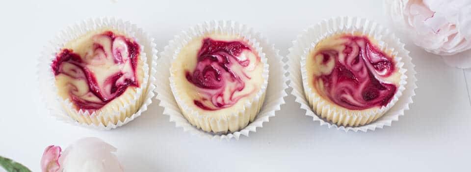 Minh Cakes Recipe: Raspberry Cheesecake Cupcakes - Himbeer Cheesecake cupcakes