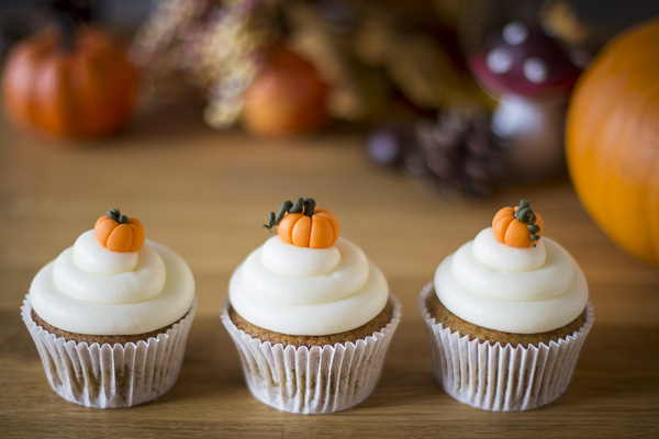 Minh Cakes - Pumpkin Cupcakes - Kürbis-Cupcakes