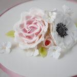 Minh Cakes Basic sugar flower class