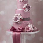 Minh-Cakes-Purple-Vintage-Wedding-Cake