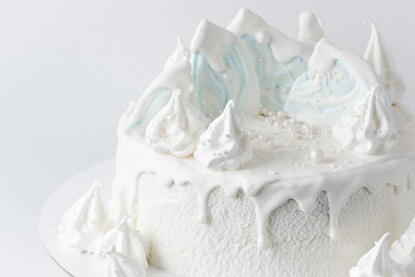 Weisser Kuchen für Weihnachten