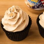 Minh Cakes Recipe Chocolate Peanut Butter Cupcakes - Schokolade Erdnussbutter Cupcakes FEATURED