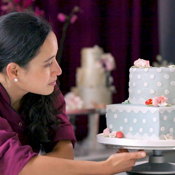 MInh Cakes - Die komplette Fondant Torte - Hero Image 2020