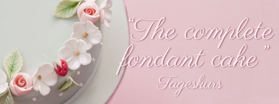 The Complete Fondant Cake